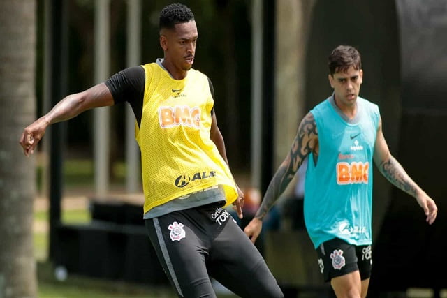 Corinthians busca arrumar zaga para evitar surpresa diante do bom visitante Ceará