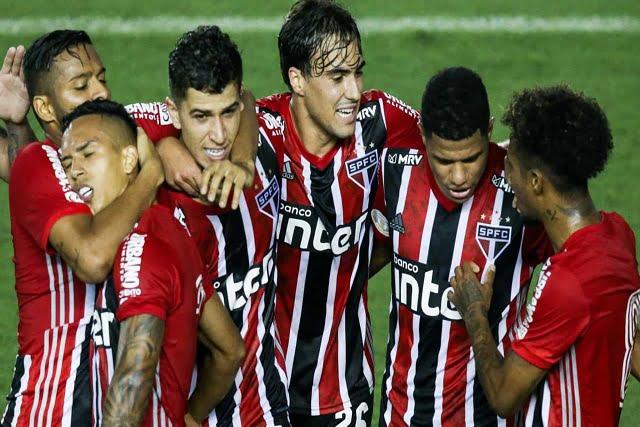 São Paulo faz nova tentativa de reagir e voltar à briga pelo título do Campeonato Brasileiro