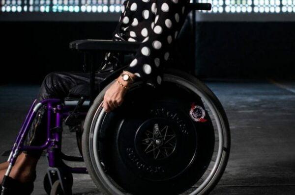 DECISÃO: JEF não possui competência para julgar ação de aposentadoria para o reconhecimento de tempo de serviço especial a pessoa com deficiência