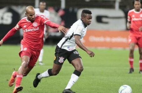 Abel Braga reclama da arbitragem após empate no Beira-Rio
