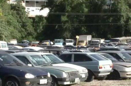 Semob leiloa veículos apreendidos e não retirados por proprietários