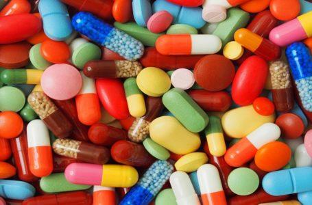 DECISÃO: Prescrição de medicamentos manipulados é de responsabilidade dos profissionais legalmente habilitados
