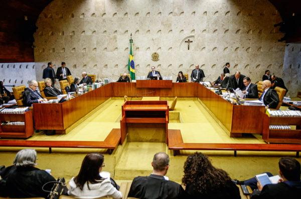 Projeto limita poder de ministros do STF em decisões monocráticas