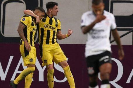 Fagner diz que 'faltou tranquilidade' para o Corinthians