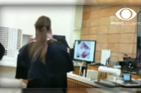 Advogado defesa simula morte de acusado em julgamento