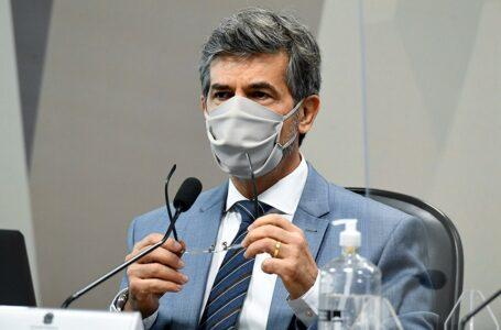 Teich afirma que deixou cargo por falta de autonomia e divergência sobre cloroquina