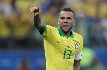 Com Dani Alves, Jardine anuncia Seleção Olímpica; veja lista