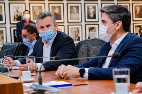 Mauro Mendes confirma volta as aulas híbridas em 3 de agosto com investimento de R$ 170 milhões