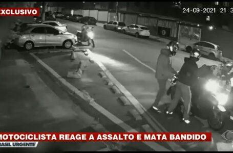 Bandidos se dão mal durante um assalto a motociclista