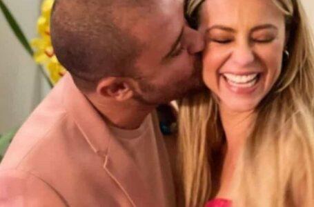 Paolla e Diogo Nogueira são vistos em cartório; assessoria nega casamento