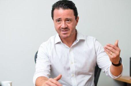 Juíza condena promotor e TV por vazarem conversa de desembargador com Silval